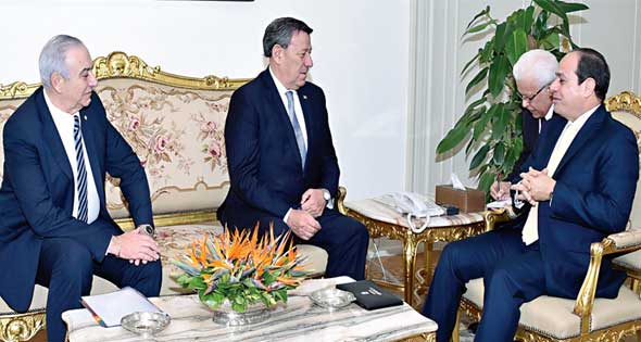 President ElSisi with Uruguayan minister of foreign affairs at the presidential palace