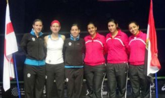 Egypt England women squash team (Al-Ahram)