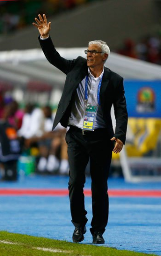 The Pharaohs' head coach, Hector Cuper, seen in the CAF final 2017 - Youm7