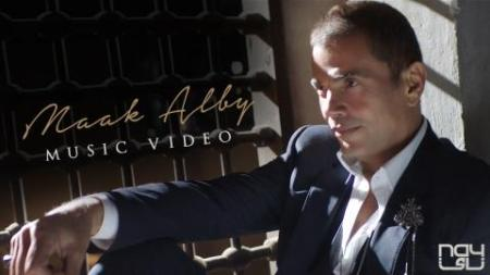 Maak Alby Amr Diab Video Clip 2017 - YouTube