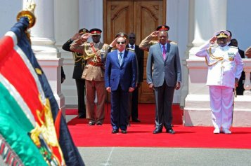 2017-02-18 Egypt and Kenya presidents El-sisi and Kenyatta meet in Nairobi Youm7