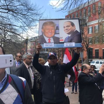 Egyptians in the USA welcome President El-Sisi during his visit to the White House (Source: Youm7)