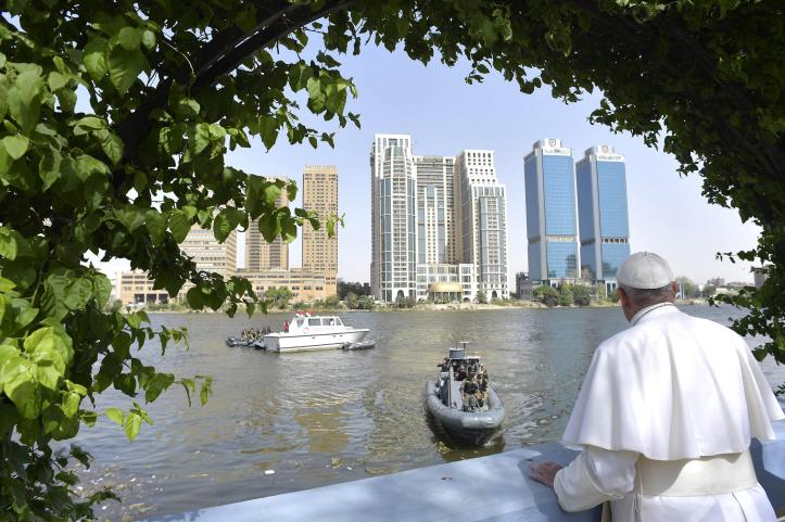 Pope Francis on the river Nile of Cairo in 2017 (source: Youm7)