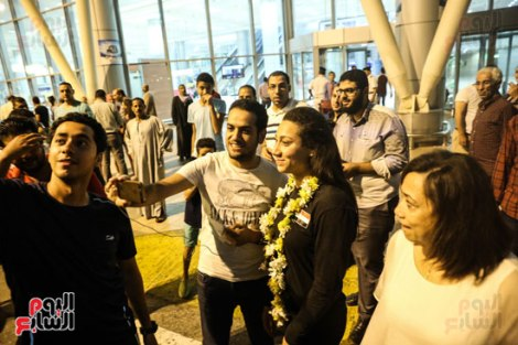 Farida Osman Egypt Swimming Champion Bronze Medalist in FINA Championship 2017 received at Cairo Airport(source: Youm7)
