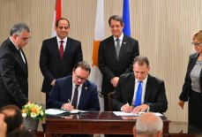 2017-11-23 Egypt and Cyprus sign new cooperation deals in Nicosia 2017 Youm7