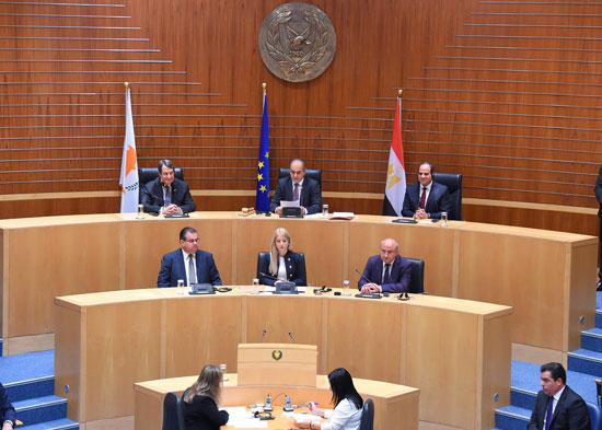 2017-11-23 Egyptian president El-Sisi in the Cypriot Parliament Youm7