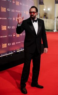 https://egyptunited.files.wordpress.com/2017/12/2017-12-02-nicolas-cage-award-cairo-international-film-festival-ciff-egypt-2017-associated-press.jpg