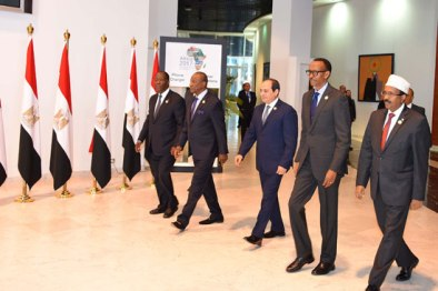 2017-12-10 President of Egypt and African leaders during Africa 2017 summit in Sharm El Sheikh Youm7 05