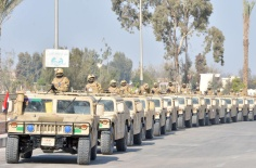 2018-02-10 Egyptian armoured infantry marching towards the easters borders to conduct operations Al-Ahram