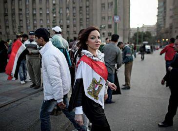 2018-02-23 Egyptian women demonstrators 01