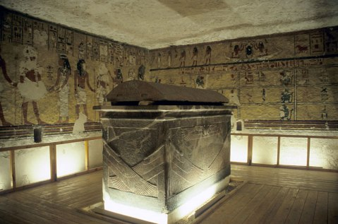 2018-04-06 A tomb in Luxor valley of the Kings