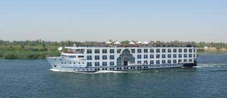 2018-04-06 Nile_cruise_ship Luxor Egypt Emilio_2