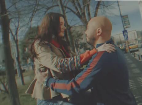 2018-04-28 Esseily - Fe Hetta Tanya - Romantic moments - Youtube