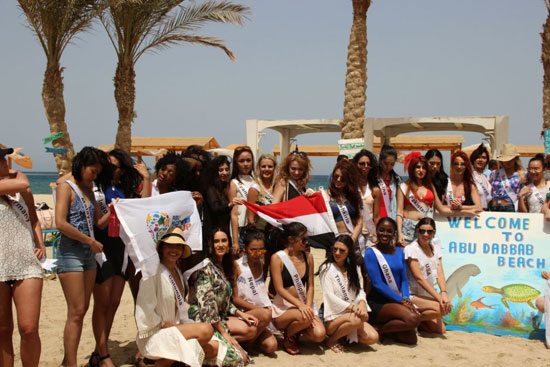 2018-05-04 World Ambassadors for Tourism and Environment at Marsa Alam Red Sea Riviera Beach Egypt 01 - Youm7