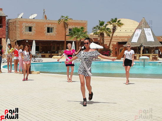 2018-05-04 World Ambassadors for Tourism and Environment at Marsa Alam Red Sea Riviera Beach Egypt 02 - Youm7