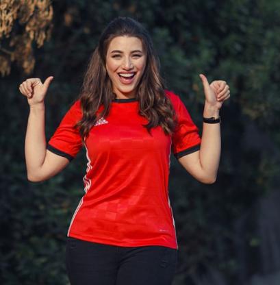 2018-08-06 Fans in Egypt - Heidy Moussa 01