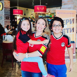 2018-08-06 Fans in Russia - Mahmoud Fayez Family 01
