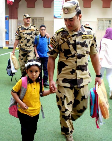 2018-09-30 Egypt Army Officers take children of martyrs to school first day 2018