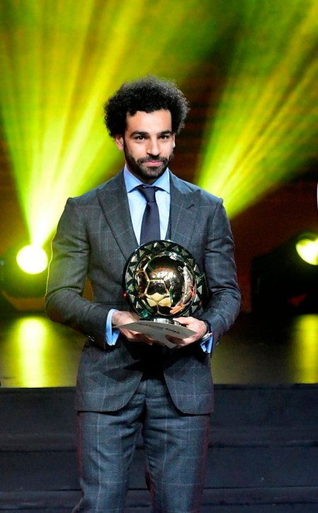 2019-01-17 mohamed salah received caf best african player award for 2018