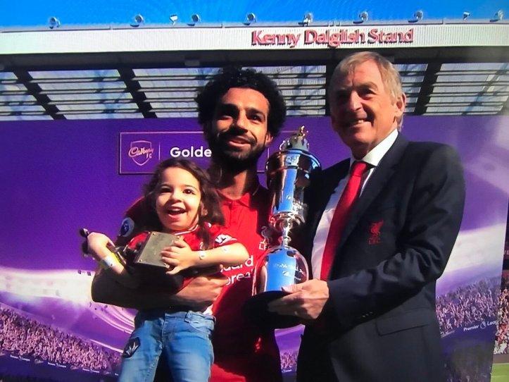 2019-04-08 Mecca celebrates with Mo Salah the Golden Boot and PFA awards 2017-2018 02