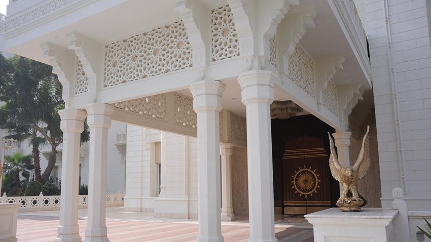 2020-12-30 Egyptian Palace Cairo Al-Ittihadiya Heliopolis outside 03
