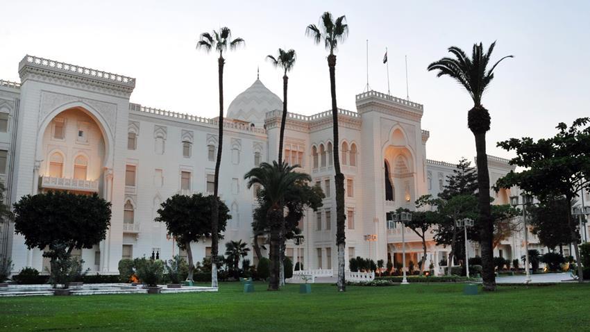 2020-12-30 Egyptian Palace Cairo Al-Ittihadiya Heliopolis outside