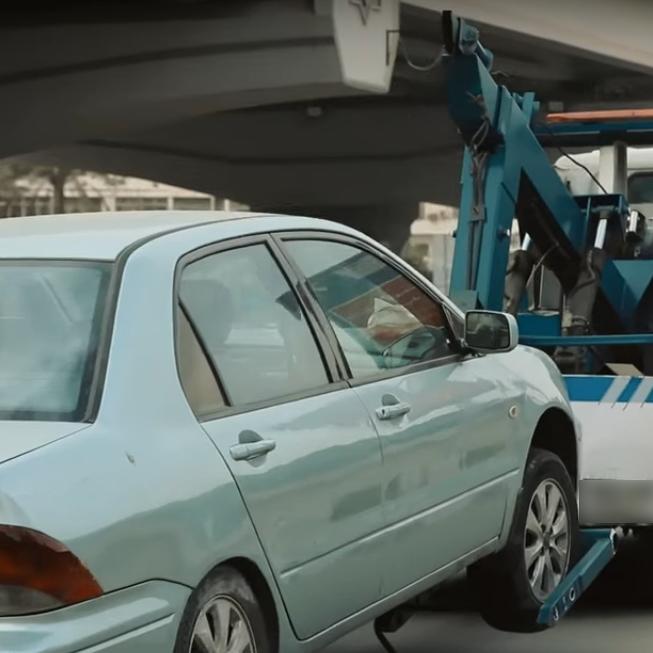2021-03-08 Egypt Traffic Police Trucks on Roads 01