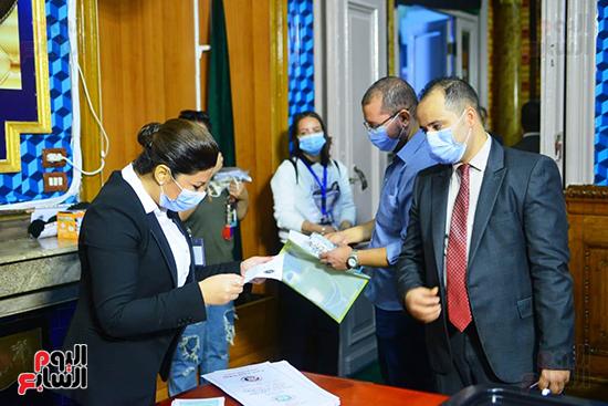 2021-08-29 Egypt Woman Judge supervising Parliament elections 2020 01