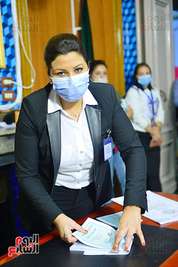 2021-08-29 Egypt Woman Judge supervising Parliament elections 2020 02